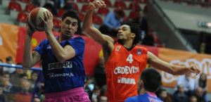 Darryl Monroe extended his contract with Turk Telekom Ankara